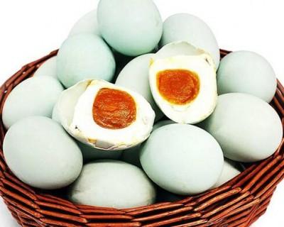 端午节吃咸鸭蛋是哪里的传统 咸鸭蛋的营养价值