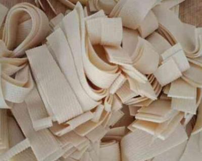 二十道简单易做家常菜中的青椒豆腐皮要怎么做