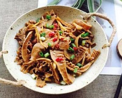 二十道简单易做家常菜之笋干闷五花肉的做法
