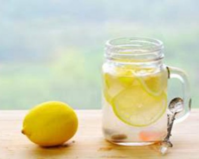 柠檬水的功效与作用,柠檬水怎么喝才可以美白