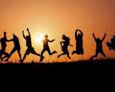 生活中的正能量句子,送给正在努力奔波的正能量说说短语