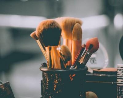 化妆的基本步骤(化妆的步骤是什么顺序)